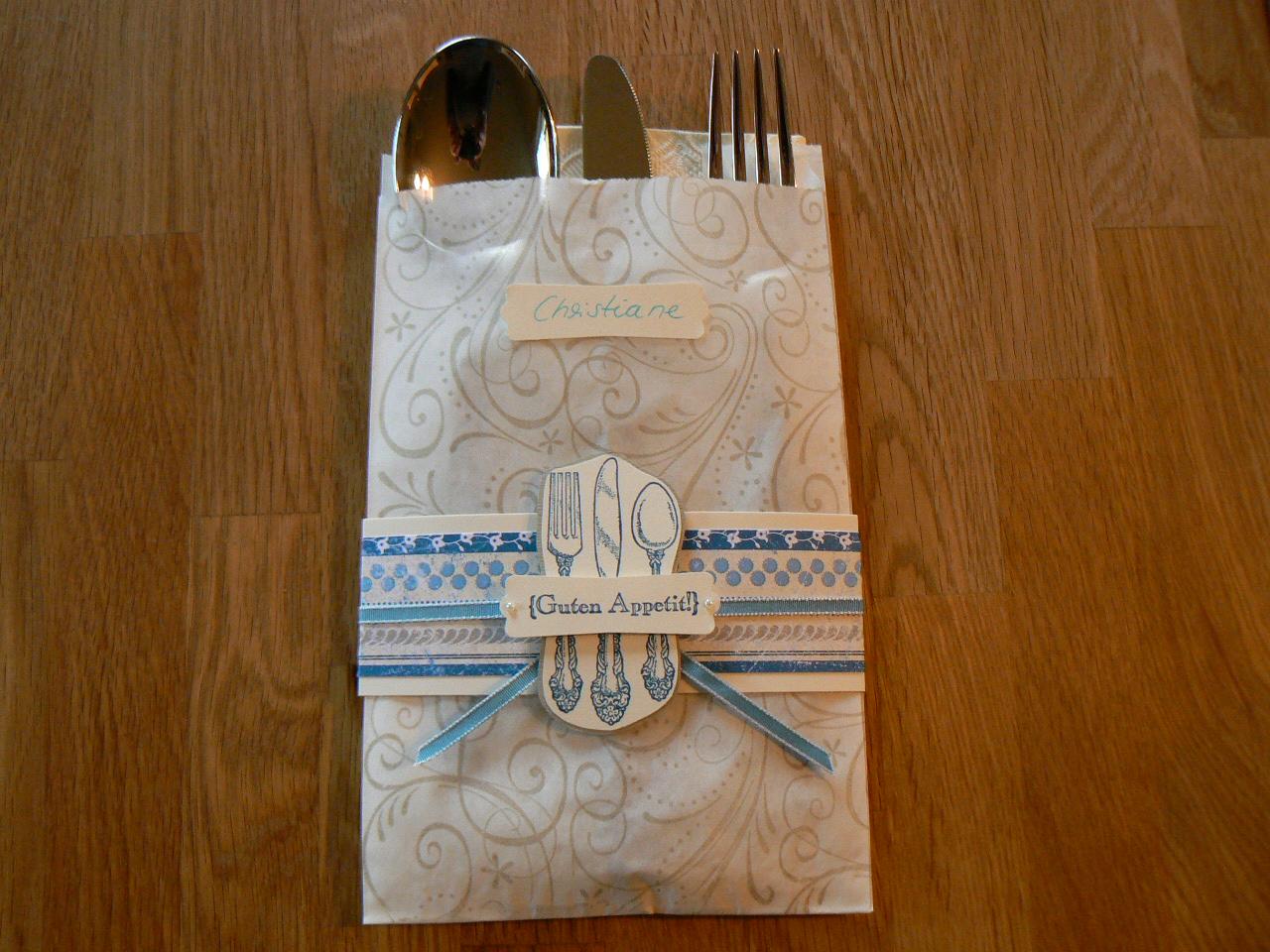 kreatives aus papier tischkarten zur konfirmation. Black Bedroom Furniture Sets. Home Design Ideas