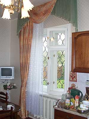 اروع ستائر 2012 - اشيك ستائر 2012 - اجدد ستائر 2012 dining-room-curtain-08.jpg