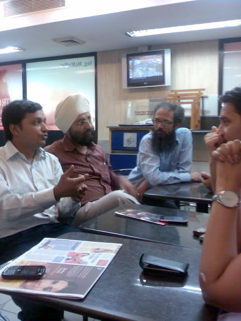 Social Media Meetup Discussion in Delhi