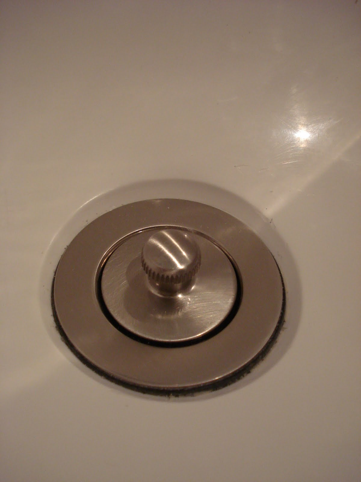 White Wood : DIY , how to replace an old tub drain
