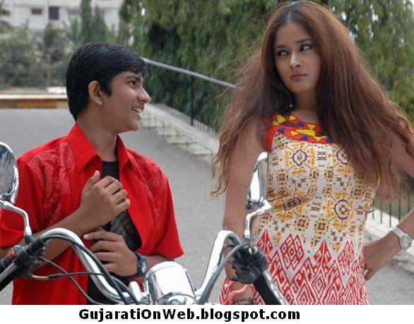 Gujarati On Web Gujarati Girl Kiran Rathod And Small Boy - Naughty Pics-6910