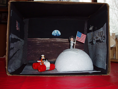 Neil Armstrong Diorama Box - Pics about space