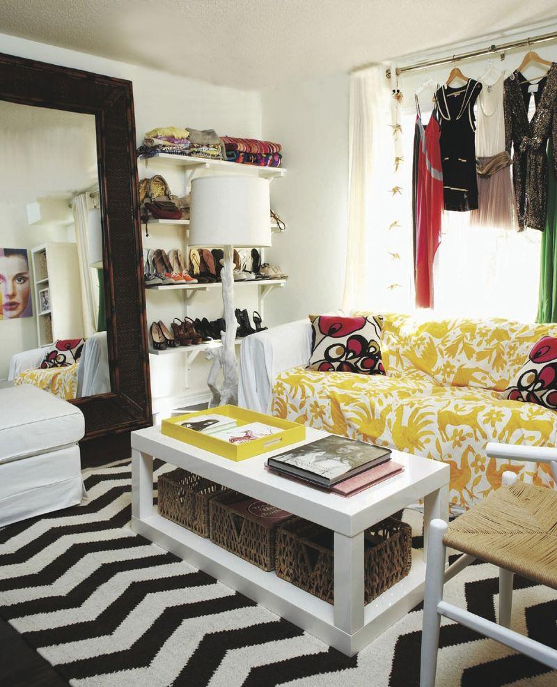 Tuneo de mesas de ikea tanda de lacks ministry of deco for Extra room in house