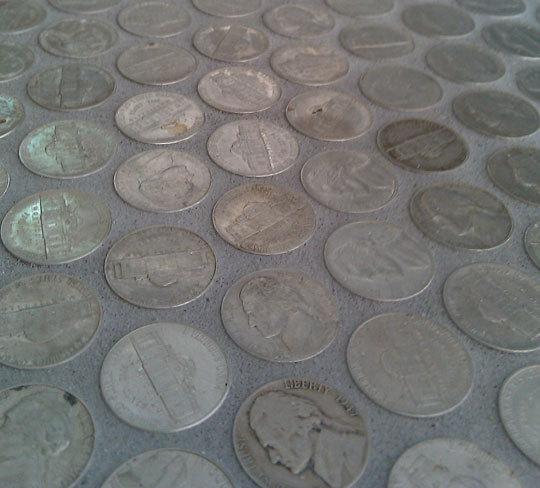 Un pavimento muy original para el ba o ministry of deco - Pavimento para banos ...