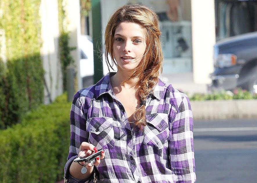 FASHION CIRCUS: Twilight star Ashley Greene in Plaid Shirt