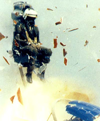 ejection+seat.jpg
