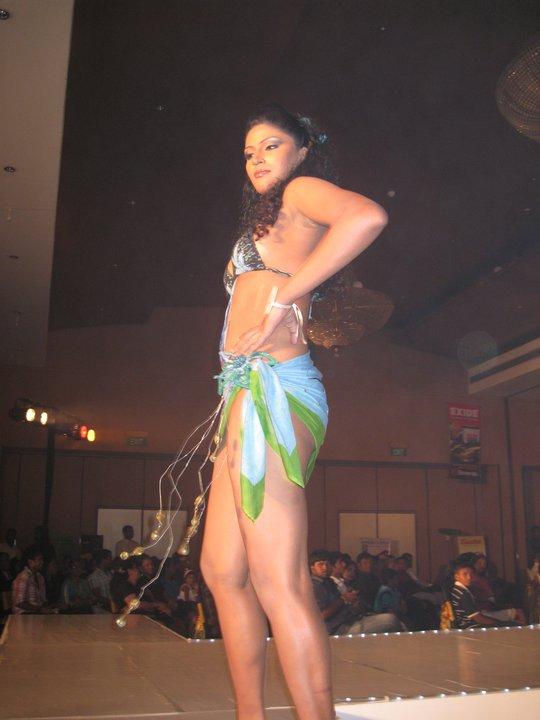 sri lanka girls naked fashions