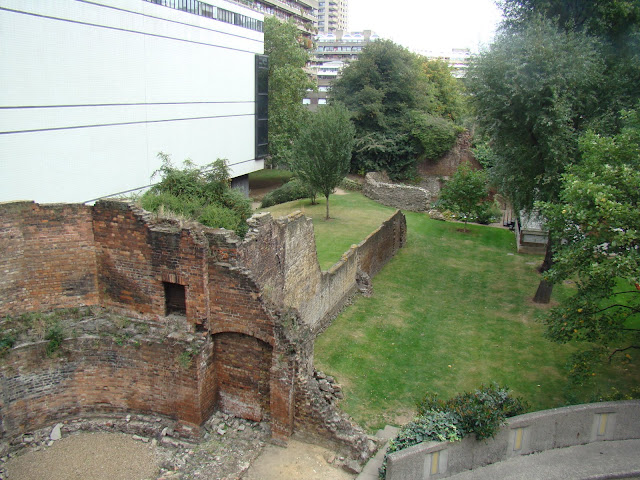 London Wall, Muro de Londres, Elisa N, Blog de Viajes, Lifestyle, Travel
