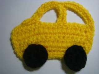 finished crochet pattern of car appliqué