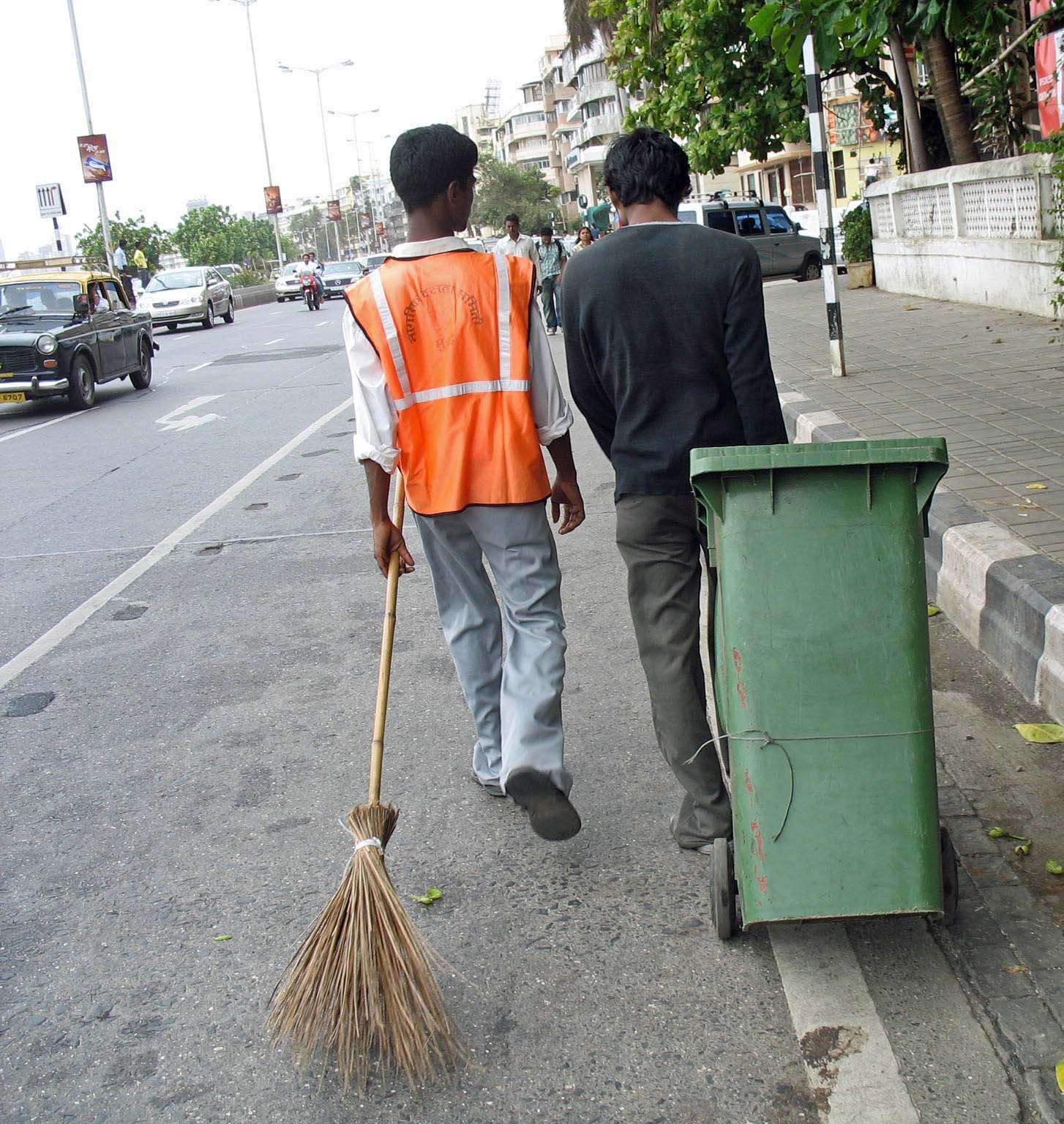 Stock Pictures: Sweepers in India