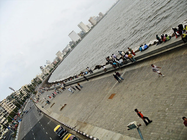 Marine Drive and the sea