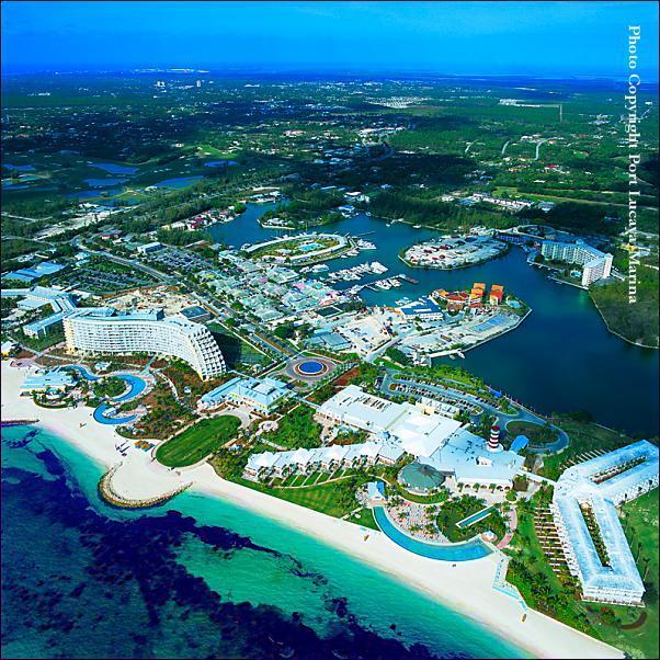 Bahamas Beach: Old Bahama Bay Resort
