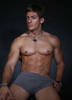 Zack Vazquez Gay 101