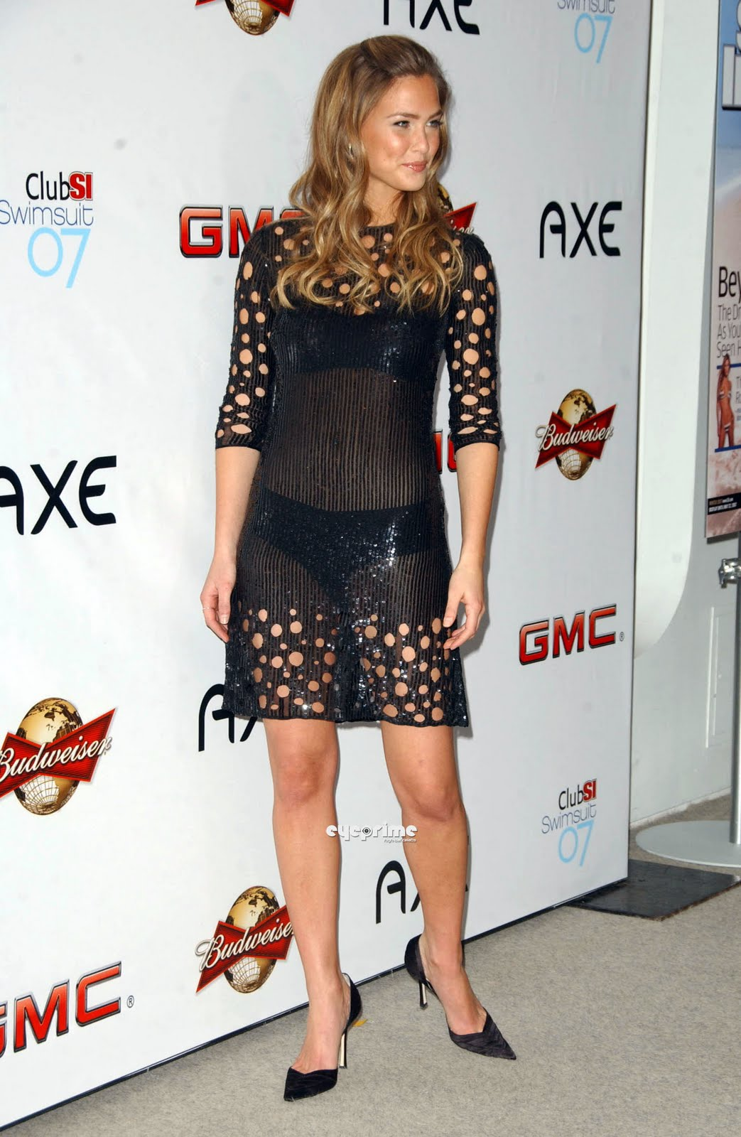 Wallpaper World Bar Refaeli Sexy Pictures By The 2007 -9187