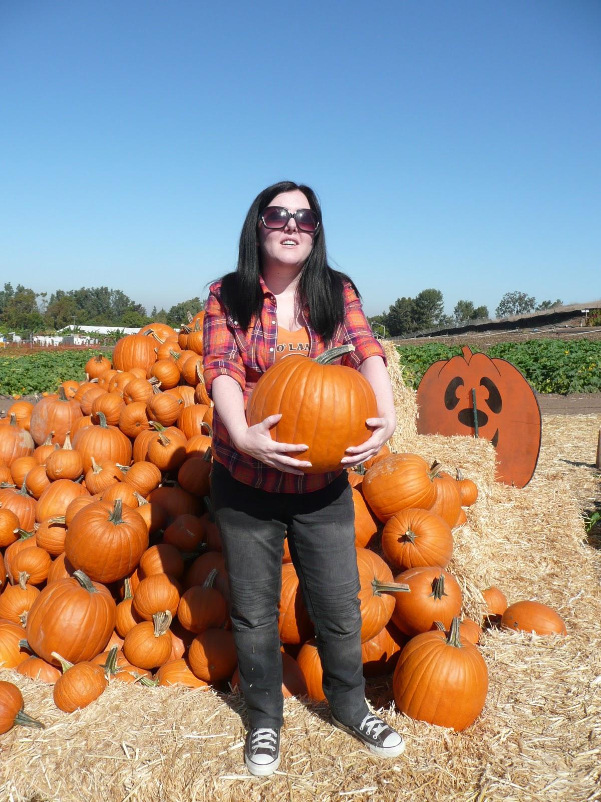 The Spooky Vegan: 31 Days of Halloween: Pumpkin Patch Visit