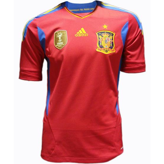 d0f7ba15cc30a Nueva camiseta oficial de la selección española de fútbol 2011-2012 ...