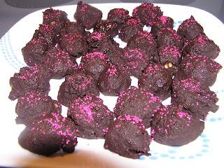 Easy Cheesecake Truffles