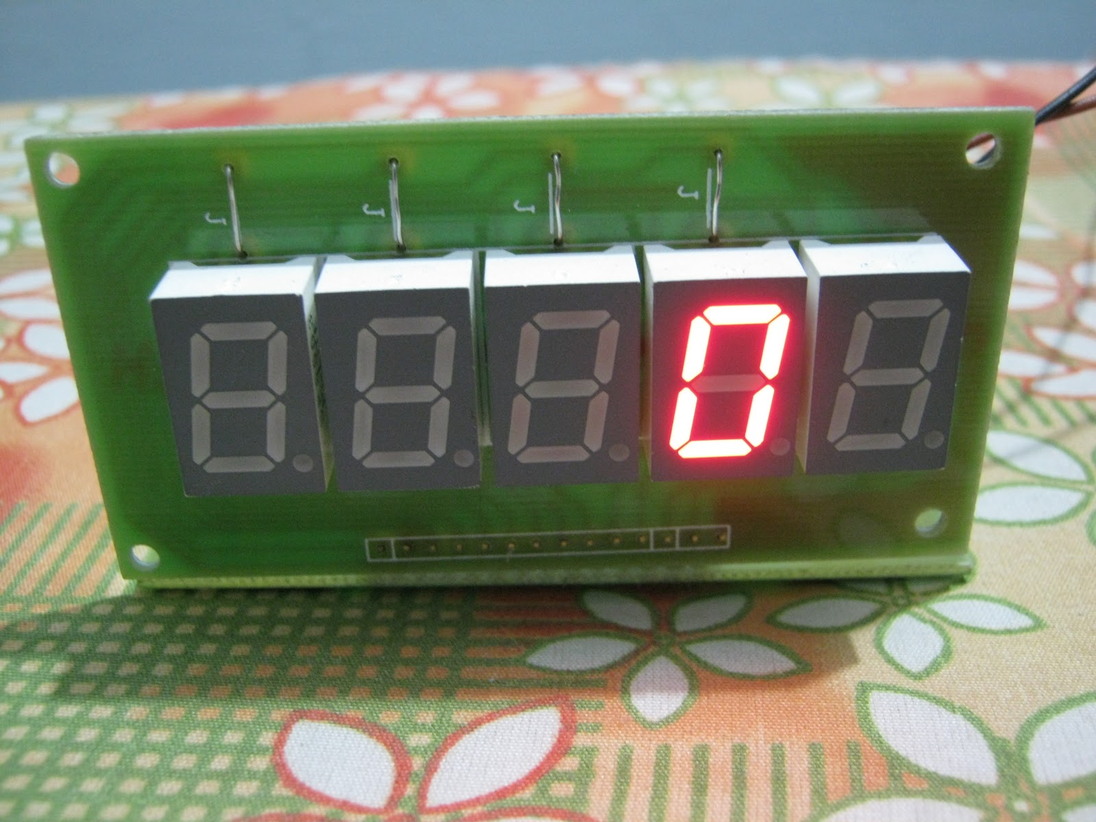 Frequency Counter Design : New frequency counter dl yhf