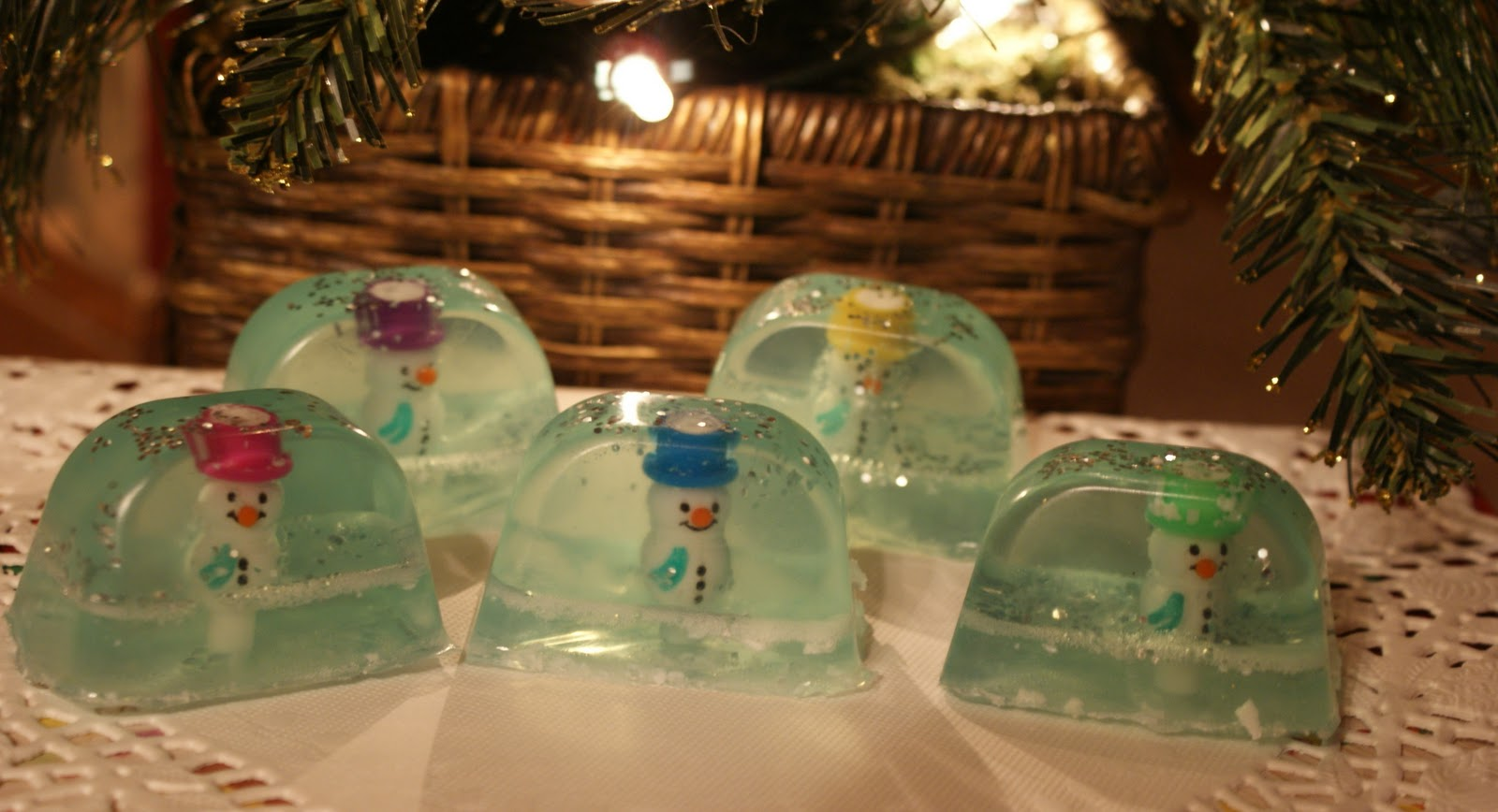 Our Hopeful Home: Snow Globe Soap Tutorial