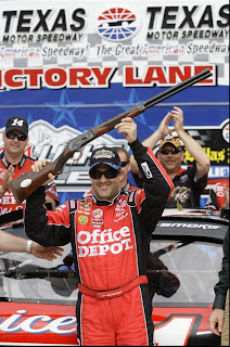 Tony Stewart awarded Turnbull Model 1886 Take Down Rifle