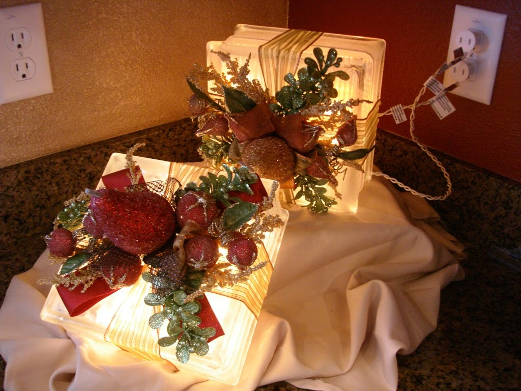 Lindsi Gabler Designs: Christmas Decorations