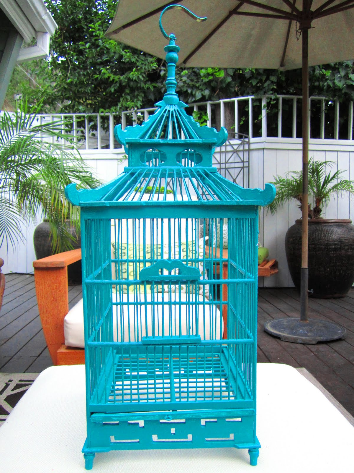 COCOCOZY: A DECORATIVE PAGODA STYLE BIRD CAGE - MY NEW HOME DECOR ...