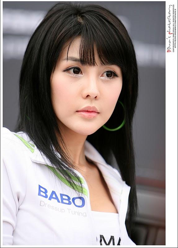 Pretty Car: Lee Ji Woo เรซควีนเกาหลี สุดน่ารัก