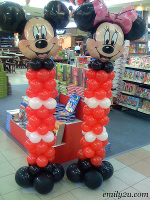 Mickey & Minnie Mouse Balloon Sculptures