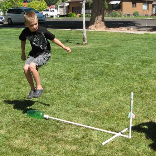 Water Bottle Rocket Materials: How To Make A Paper Stomp Rockets - Easy And Fun!