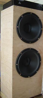 A True Infinite Baffle Subwoofer: The manifold box
