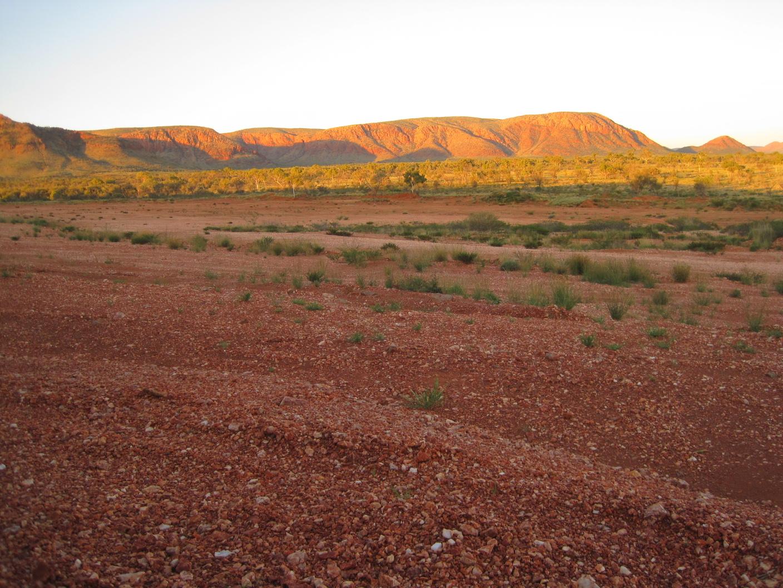 Outback Wanderers: Day 13 - Outside Kata Tjuta