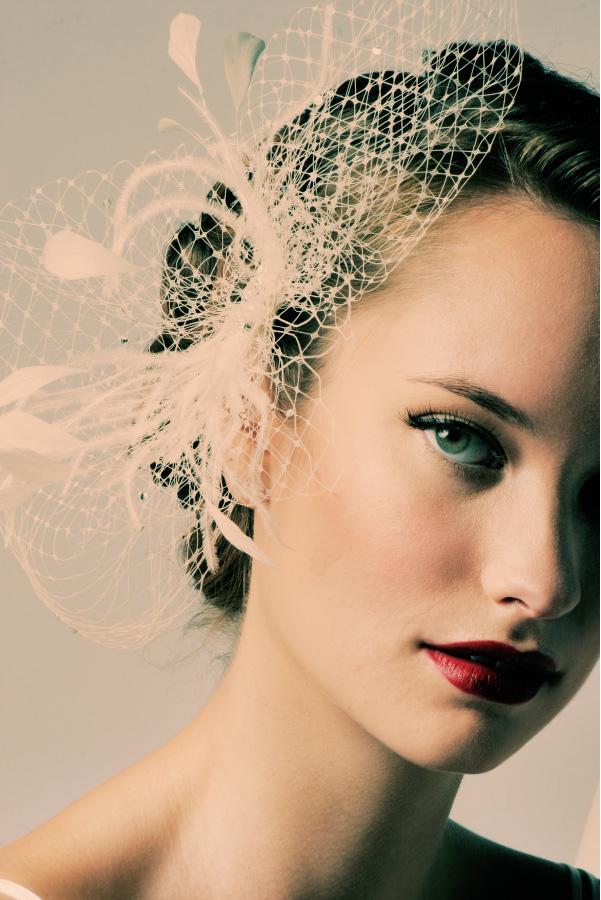 Viva La Sposa Hair Pieces For A Stylish Bride