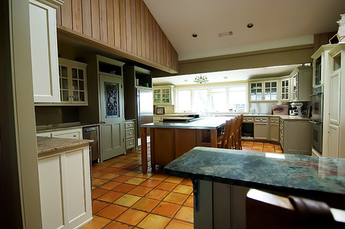 InCircle Interiors: Pioneer Woman's Home Kitchen