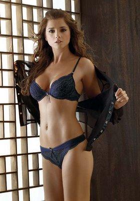 Julia clarete sexy nude photos
