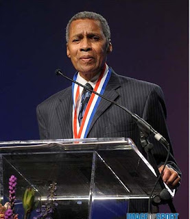 Oscar Moore at USTFCCCA Hall of Fame induction, Photo courtesy Image of Sport