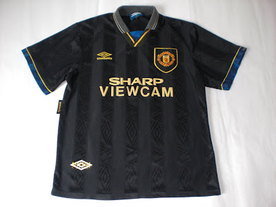 908743dab Patch Them UP !  Man United 1993 95 Away Kit