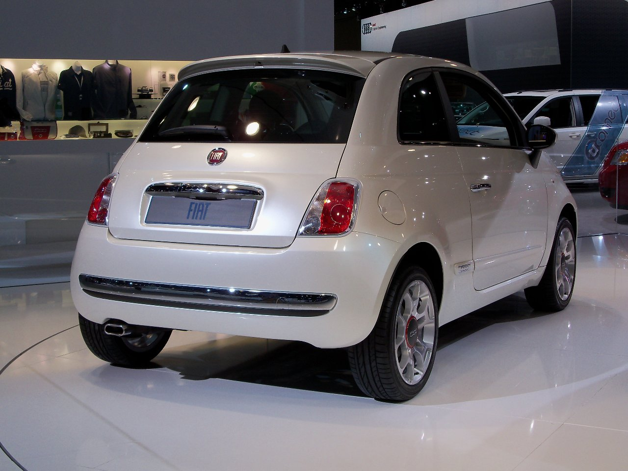 fiat at the 2010 new york international auto show fiat 500 usa. Black Bedroom Furniture Sets. Home Design Ideas