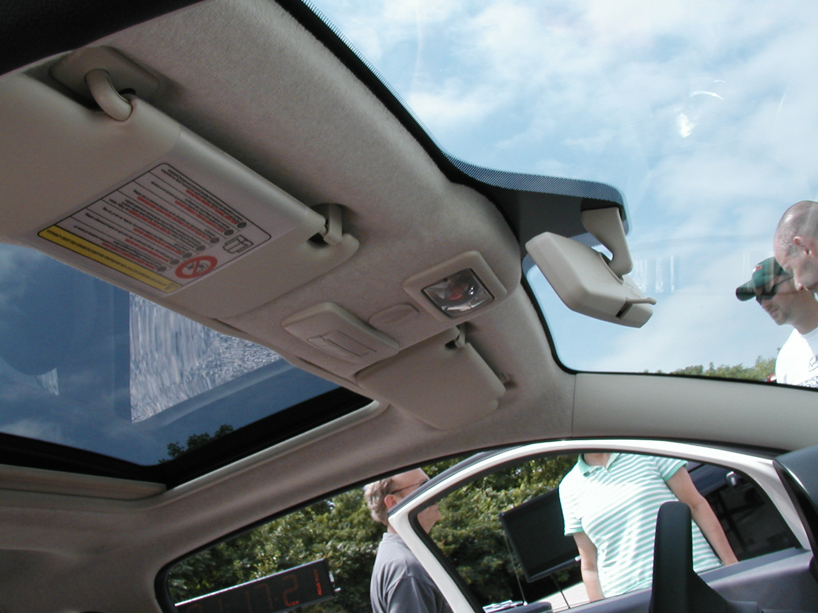 Inside The Fiat 500 Fixed Glass Roof Or Opening Skydome