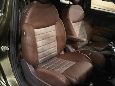 US Fiat 500 Sport Seats - First North American image