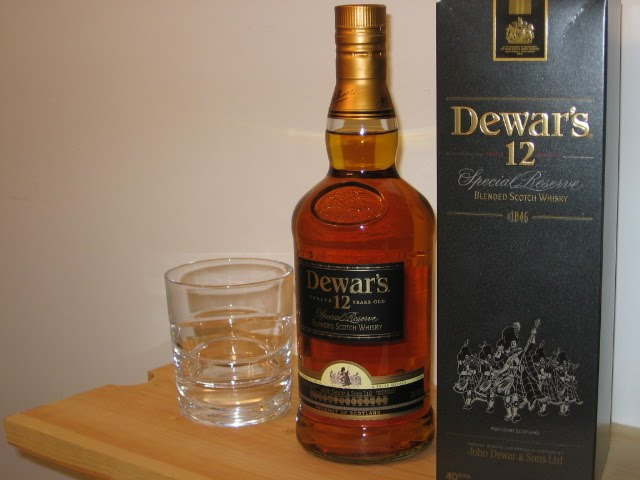 Jason's Scotch Whisky Reviews: Review: Dewar's 12 years old