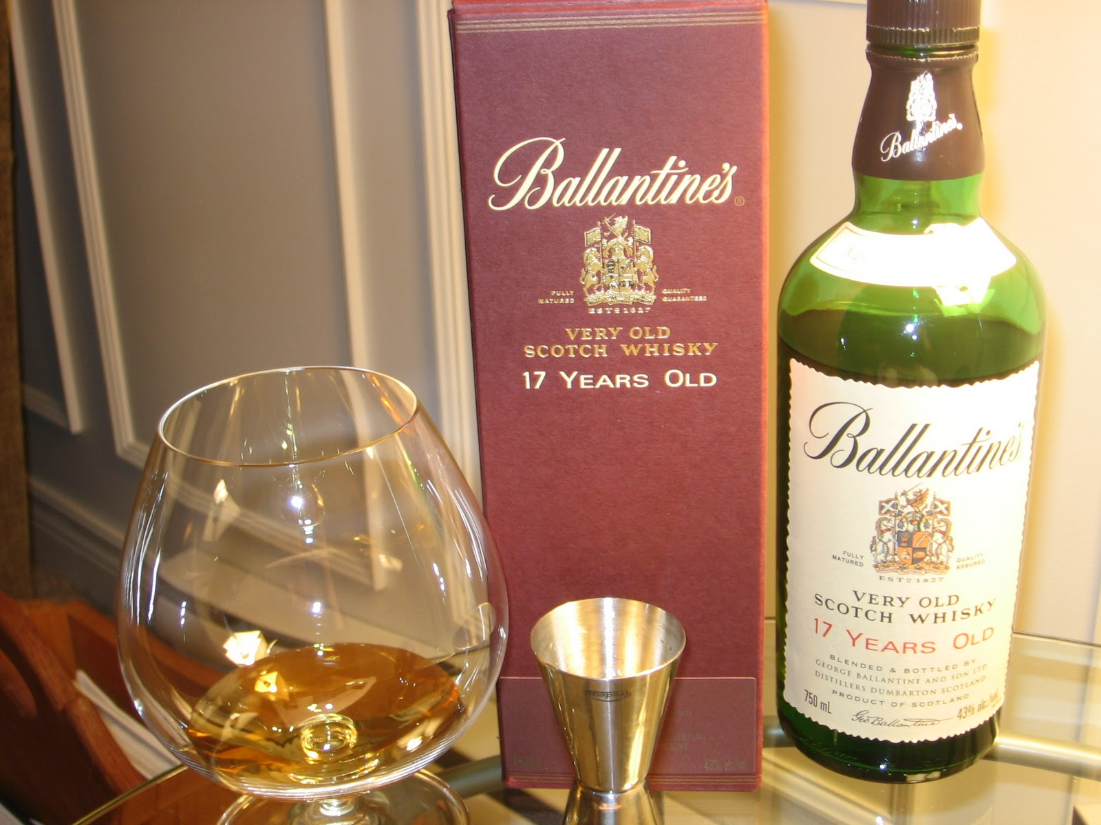 Review: Ballantineu0027s 17 Years Old Blended Scotch Whisky