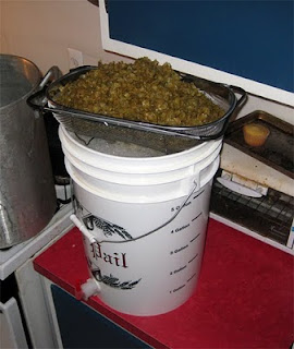 Whole hops do suck up plenty of wort though
