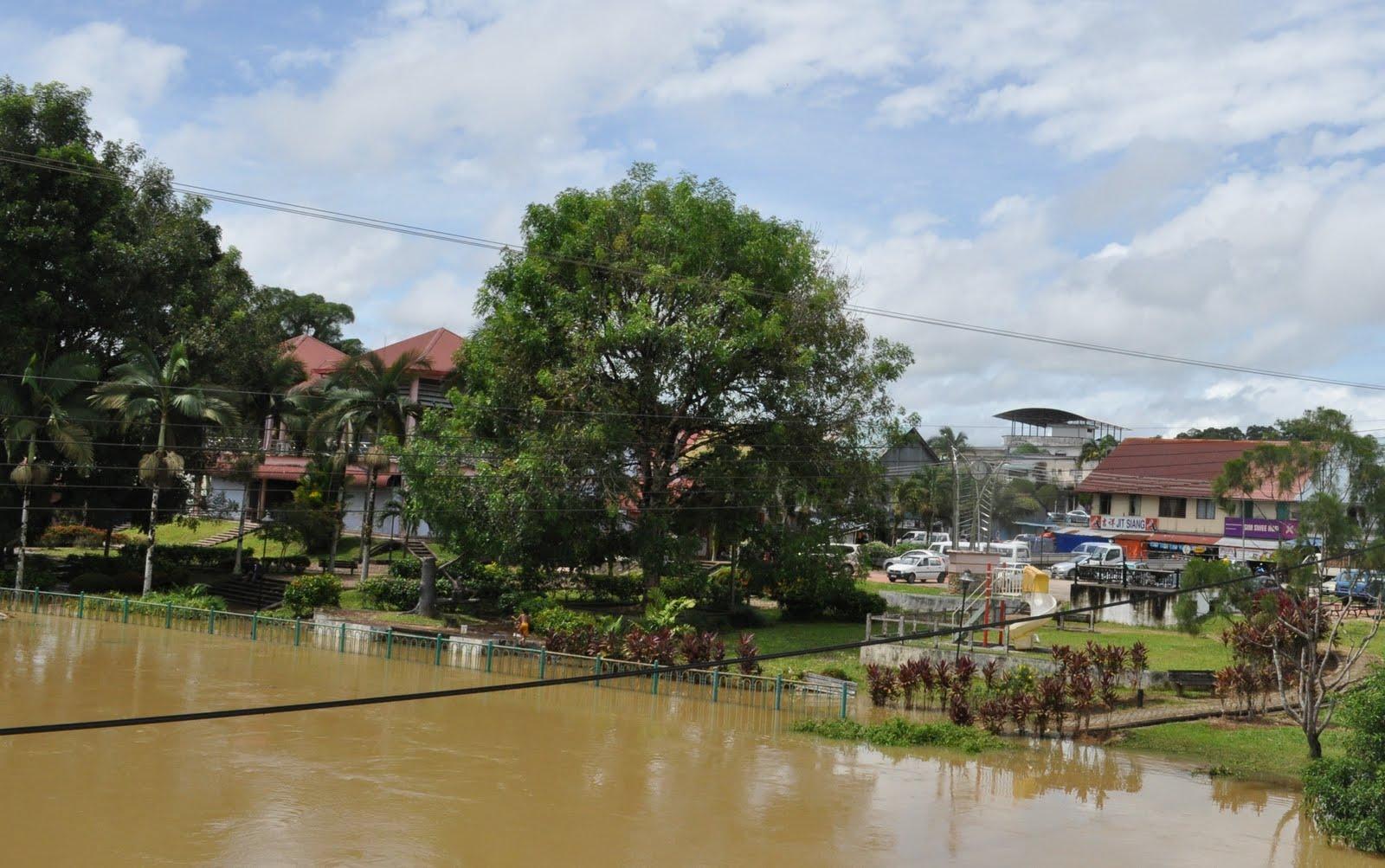 Himpunan berita-berita dari Sri Aman: Lubok Antu alami