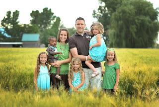 McKnight family modeling outside
