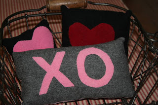 """Valentine's Day themed throw pillows with """"xo"""" and hearts"""