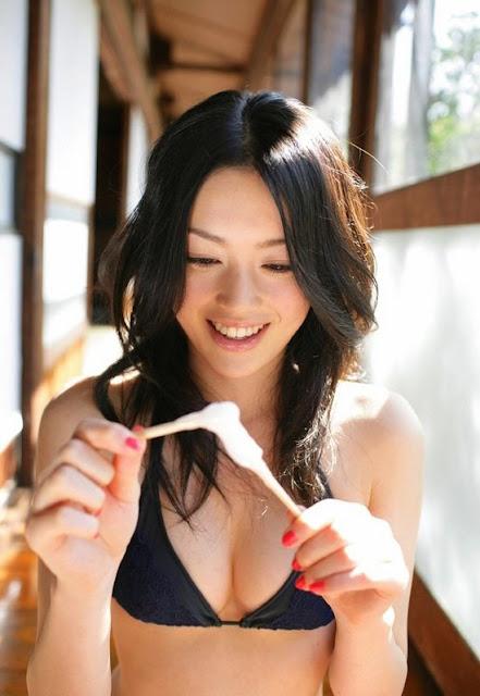 Ako Masuki one of the avex girl-group