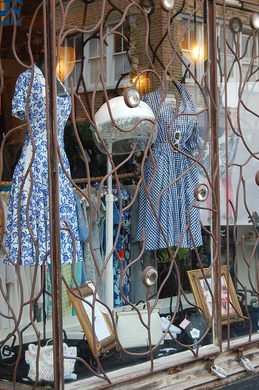 columbia road market vintage dress shop