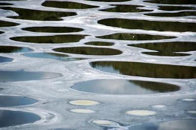 البحيرة المرقطة spotted-lake-kliluk.