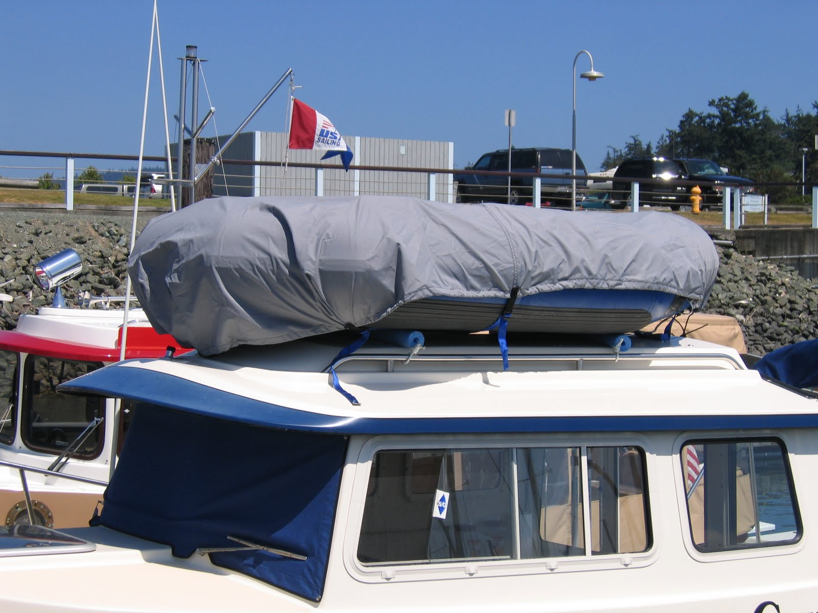m/v Jenny G: Maintenance: A Low-Cost Dinghy Rack