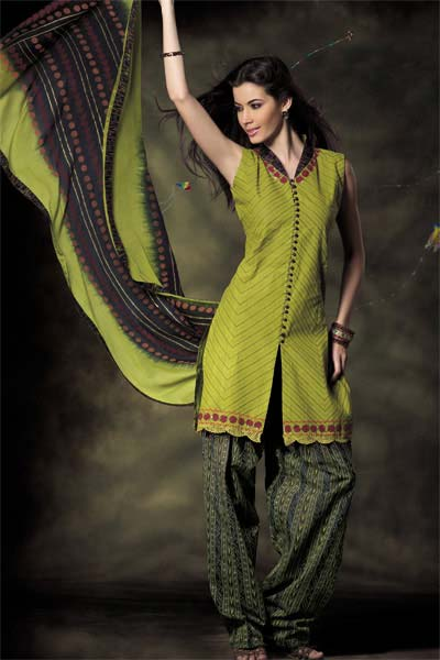 Green Suits For Women  Stylish Dresses For Pakistani And -8244